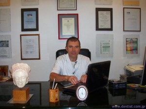 odontiatros-chris_konstantinidis-1